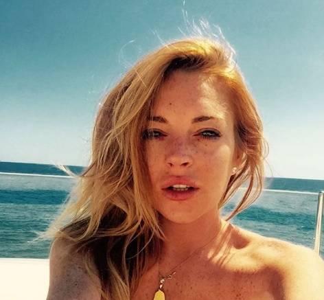 Lindsay Lohan nuda come Marilyn Monroe fa infuriare i fan (musulmani)