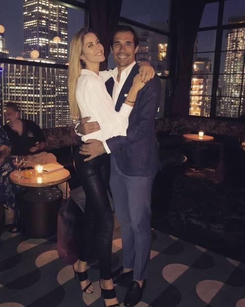 Elena Santarelli e Bernardo Corradi festeggiano a New York l'anniversario di nozze