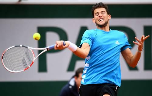 Roland Garros, Thiem piega Djokovic in cinque set. Sarà finale contro Nadal