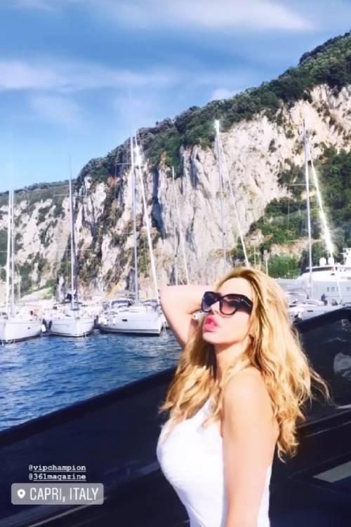 Tutti pazzi per Capri, i vip prendono d'assalto l'isola 8
