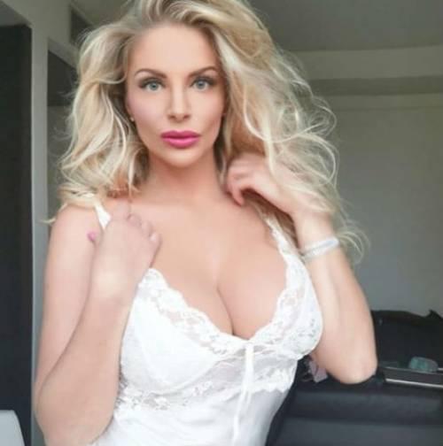 Francesca Cipriani seducente su Instagram