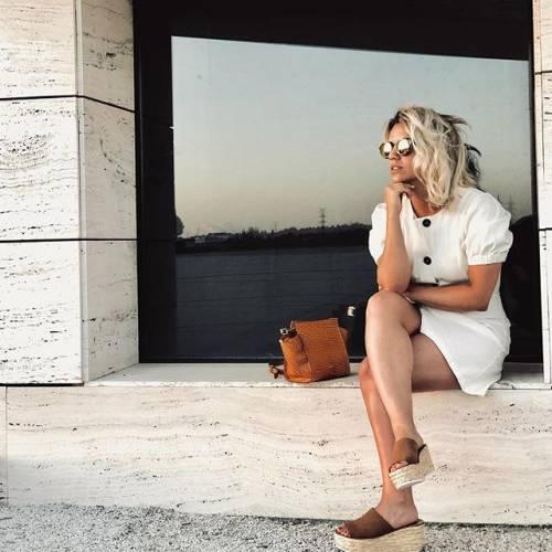 Erika Choperena incanta su Instagram: gli scatti di lady Griezmann 9