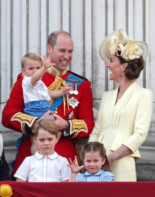 Royal Family, i Cambridge al Trooping the Colour: foto 3