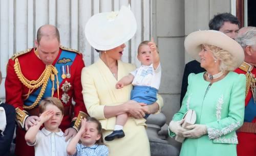 Royal Family, i Cambridge al Trooping the Colour: foto 6