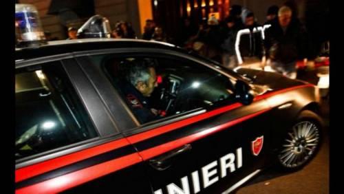 Un nuovo crollo di calcinacci a Napoli, ferita una giovane donna di 22 anni