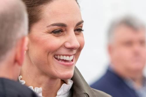 Kate Middleton ricicla un altro abito, esultano i social