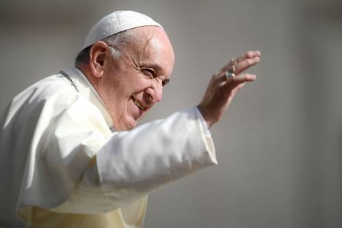 "Cento studiosi contro il Papa ""idolatra"""