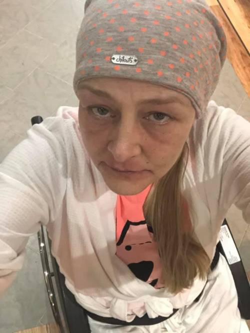 Joanne, invalida dopo il morso della zecca 3