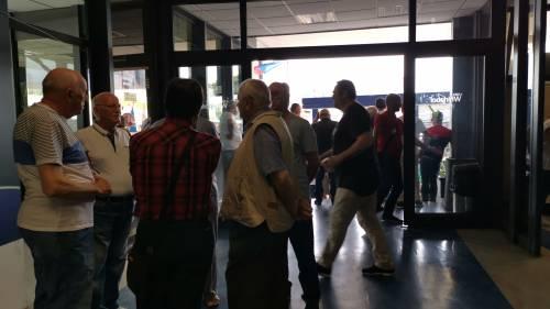 Whirlpool, tra i lavoratori in presidio a Napoli 2