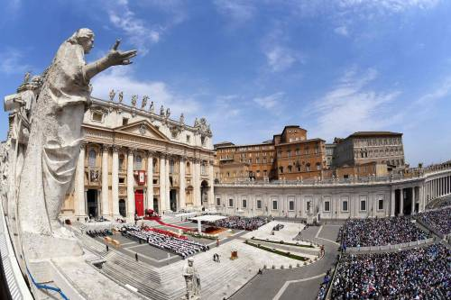 Abusi sessuali, cardinale sospettato di insabbiamenti