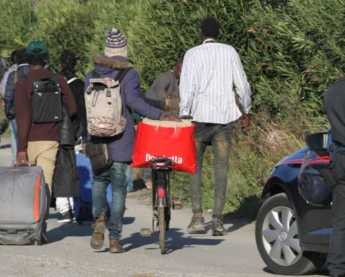 Immigrati con la pensione sociale: incassano e tornano al loro Paese