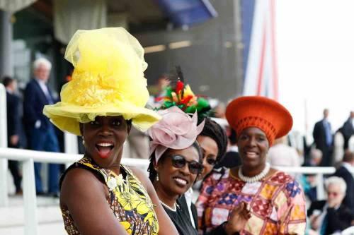 I cappelli e i look più curiosi del Royal Ascot 5