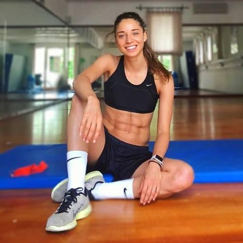 Eleonora Goldoni incanta sui social: gli scatti della giovane calciatrice azzurra 8
