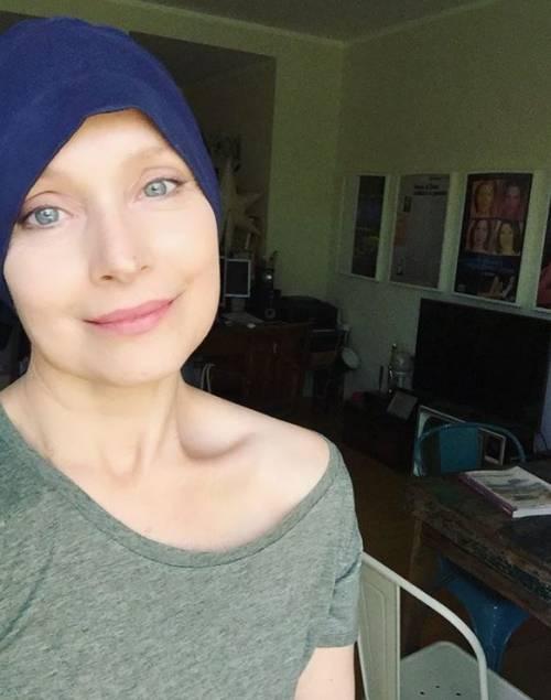 """L'attrice di Un medico in famiglia lotta contro il cancro: """"Mi hanno insultata perché faccio la chemio"""""""