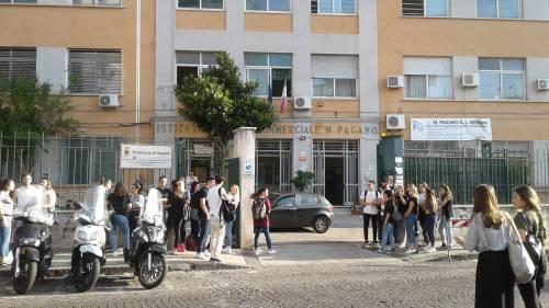 Esame di Maturità: le emozioni degli studenti di Napoli 9