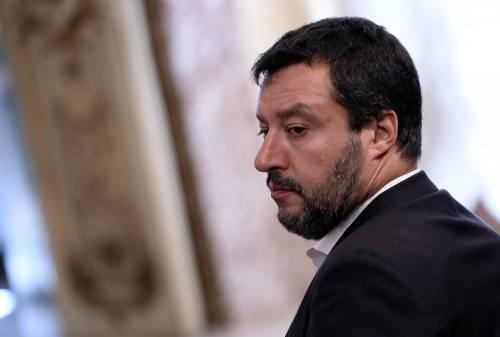 """Salvini adesso avverte Macron: """"Manderemo le navi ong in Francia"""""""