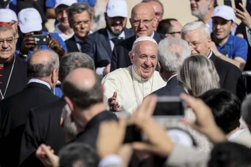 """Il Papa a Napoli per rilanciare la """"teologia dell'accoglienza"""""""