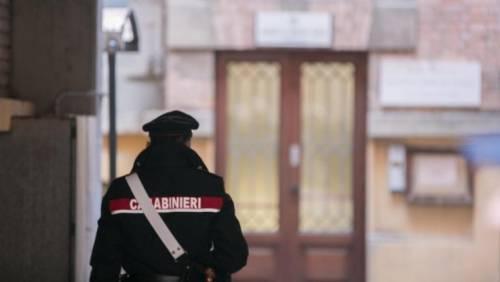 Treviso, torna libero e ferisce militare con siringa: preso magrebino