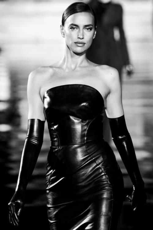 Irina Shayk sfila in Italia: foto 2