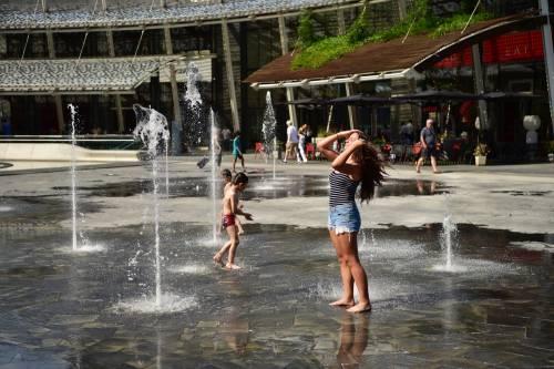 Caldo rovente a Milano e Roma: foto 8