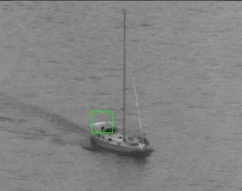 L'immagine dello yacht fornita dal canale Twitter di Frontex