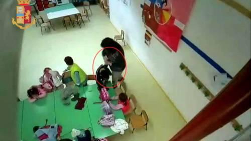 Offese e vessazioni sui bimbi, sospese per maltrattamenti due maestre a Fiumicino