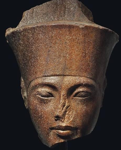 Testa di Tutankhamon all'asta. L'ira dell'Egitto su Christie's