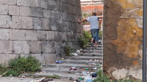 Napoli, Porta Capuana ricovero per tossici e senzatetto 6