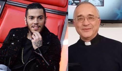 """Emis Killa provoca il prete anti-rapper: """"Vieni a menare me"""""""