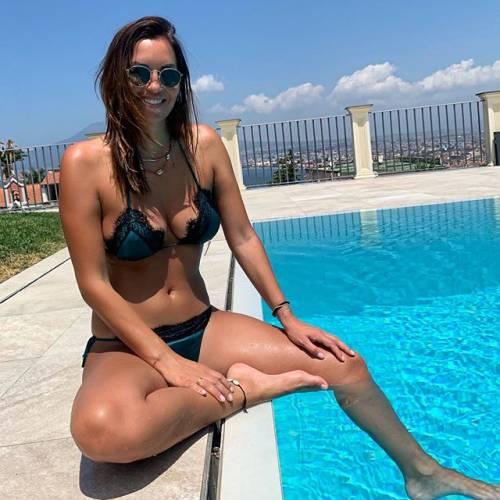 Debora Salvalaggio incanta su Instagram: gli scatti di lady Quagliarella 3