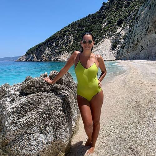 Debora Salvalaggio incanta su Instagram: gli scatti di lady Quagliarella 5