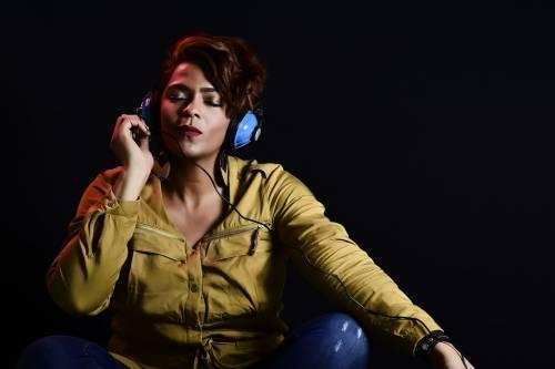 Ascoltare musica: un potente antistress