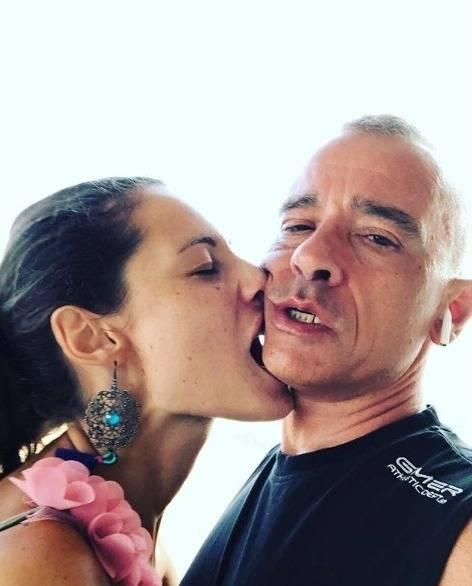 """Eros Ramazzotti spegne le polemiche: """"Marica non è un'arrampicatrice"""""""