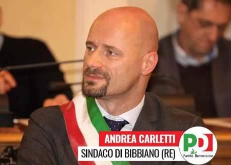 Le accuse ad Andrea Carletti, sindaco di Bibbiano