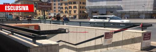 """La metro Barberini resta chiusa, i negozianti: """"A rischio attività e posti di lavoro"""""""