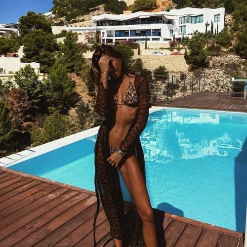 Philine Roepstorff spopola su Instagram: gli scatti di lady Bendtner 3