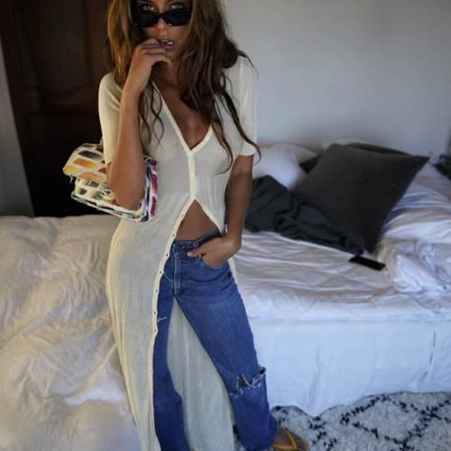 Philine Roepstorff spopola su Instagram: gli scatti di lady Bendtner 11