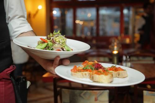 Non paga il conto al ristorante. Tradito da una foto su Instagram