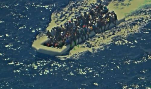 Kalimchè: da barca di scafisti a biblioteca itinerante