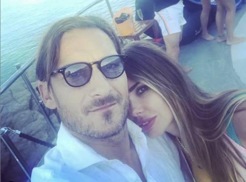 """Francesco Totti e la dedica d'amore a Ilary: """"Sempre con te"""""""