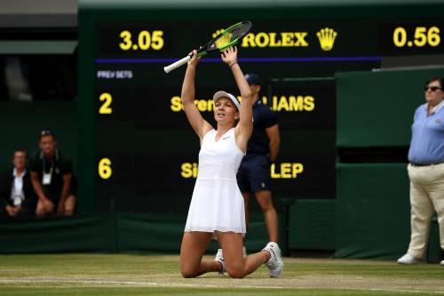 Wimbledon, Halep domina Serena Williams e conquista il suo primo titolo