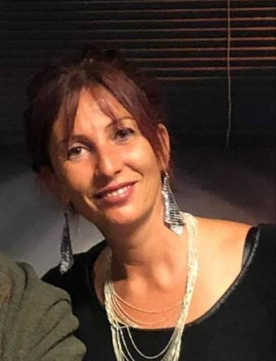 Savona, marito spara e ammazza l'ex moglie al karaoke