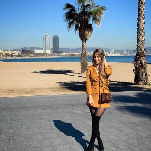 Raquel Mauri si prende la scena su Instagram 11