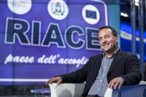 Lucano torna a Riace: revocato il divieto di dimora