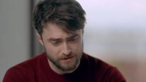 Daniel Radcliffe scopre il suo passato e si commuove in tv