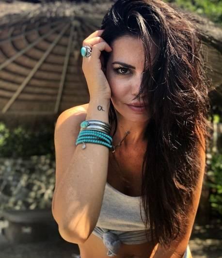 La sexy estate di Laura Torrisi 4