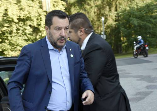 """Cresce la fiducia nella Lega: """"Salvini unico a comandare"""""""