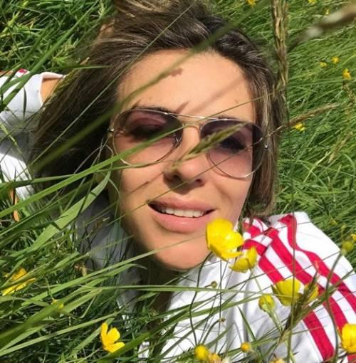 Liz Hurley, le immagini più sexy 7