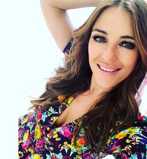 Liz Hurley, le immagini più sexy 9