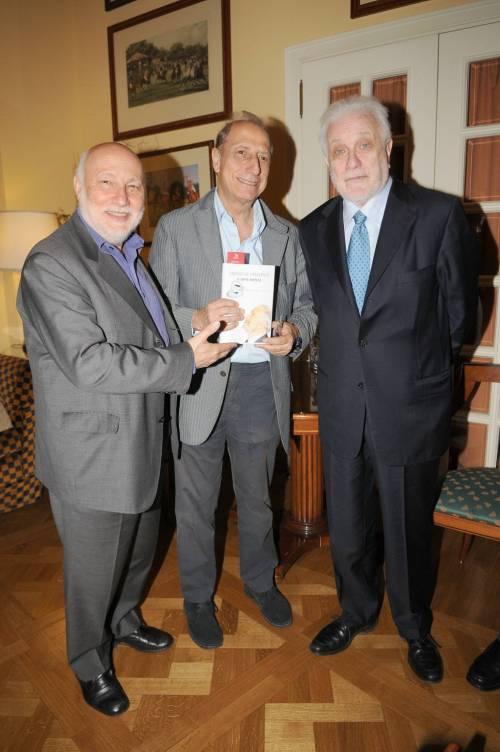 Addio a  Luciano De Crescenzo, a 91 anni si spegne il celebre rappresentante della cultura italiana 3
